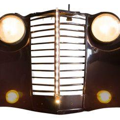 Vous cherchez un cadeau insolite pour fan d'auto? vous êtes Passionné d'auto/moto de deco Juva 4 custom Entrez dans le temple de la deco voiture pour maison