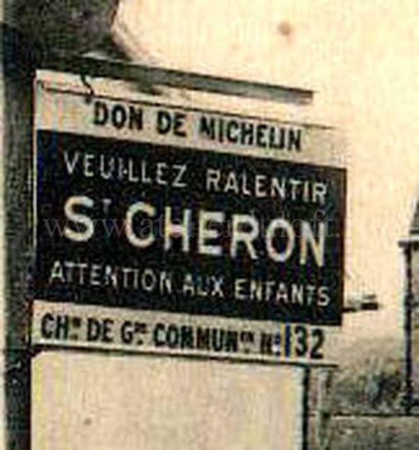 évolution bibendum Michelin Plaque émaillée industrielle Veuillez ralentir offerte par Micheli