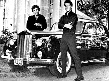 Atelier du Loft création d'accessoires animaux avec pièces Rolls Royce, voici celle d'Elvis Presley