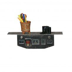 Plein d'idées pour fans d'auto Créations artistiques avec pièces détachées d'auto Tableau automobile tableau de bord 1940 détourné en tablette salle de bain