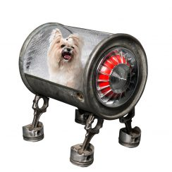 Artiste sculpteur création artistique avec des pièces automobiles pour passionnés de voitures de luxe Accessoire Yorkshire Chihuahua...Arbre à chat de luxe