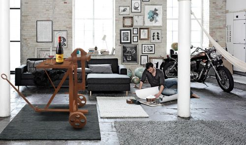 deco loft new yorkais meuble d 39 ancien garage 1900 d tourn en table. Black Bedroom Furniture Sets. Home Design Ideas