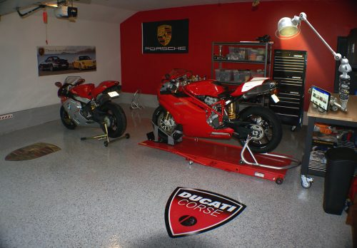 Decoration garage moto for Garage preparation moto