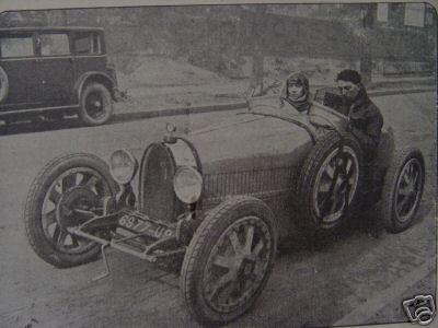 Versigni charlotte pilote en 1927 Atelier du Loft Mobilier avec pièces auto