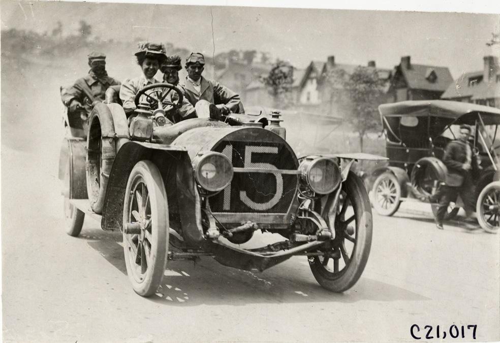 1908 Joan Newton Cuneo et les passagers de Rainier automobile, Glidden Tour