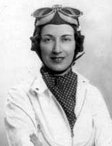1935 Joan Richmond termine 24ème au 24 heures du Mans