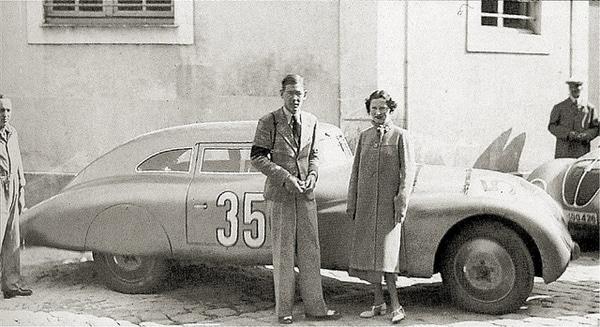 1937 Adler Trumpf Rennlimousin Abandon 40 Tours Fritz Huschke von Hanstein & Anne-Cécile Rose-Itier