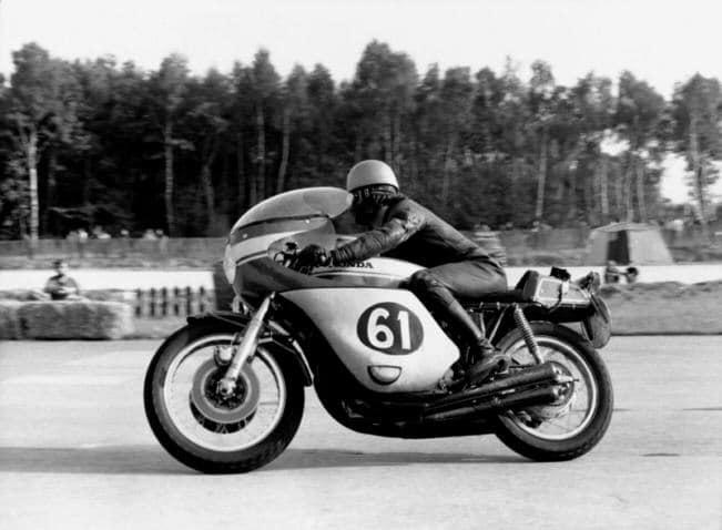 305 honda en 1969 Michel Bougerie au Bol d'Or