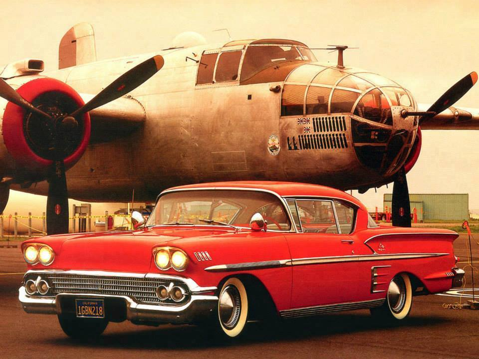 AVION Bell air impala et b-25 Mitchell rassemblement de Vieilles mécaniques Pays de Coise chaque 8 mai