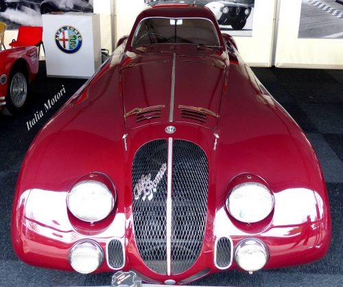 Alfa Romeo 8C 2900 Roulage sur circuit de Bresse 8 mai. Grâce à l'agenda de l'Atelier du Loft, retrouvez tous les Salons et évènements auto moto.