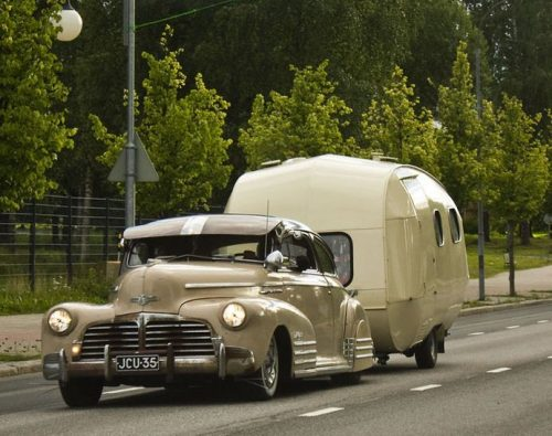 En Mai-Salon Auto Moto Utilitaire Camping-car Le Havre1948 Chevrolet Aerosedan