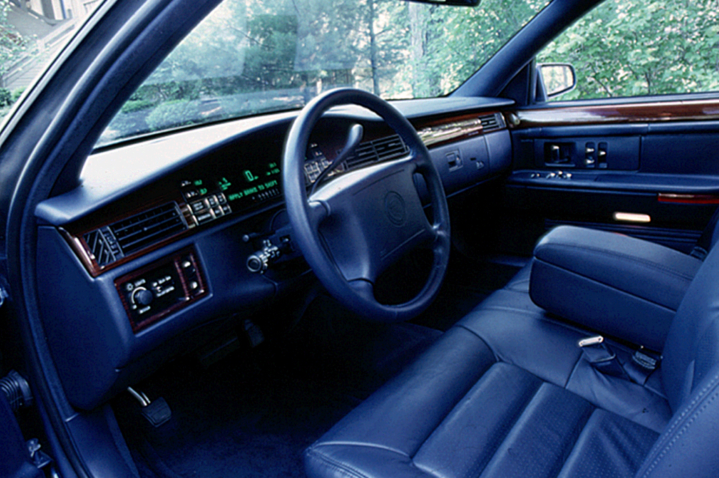 Cadillac DeVille 1994 habitacle