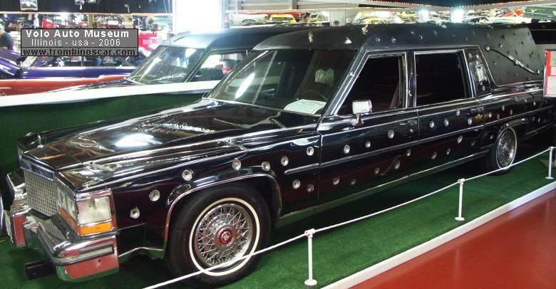 Cadillac DeVille Brougham corbillard 1989