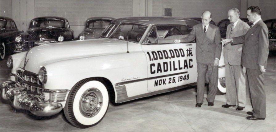 Cadillac Deville Série 60 Special Fleetwood carrosserie allongée