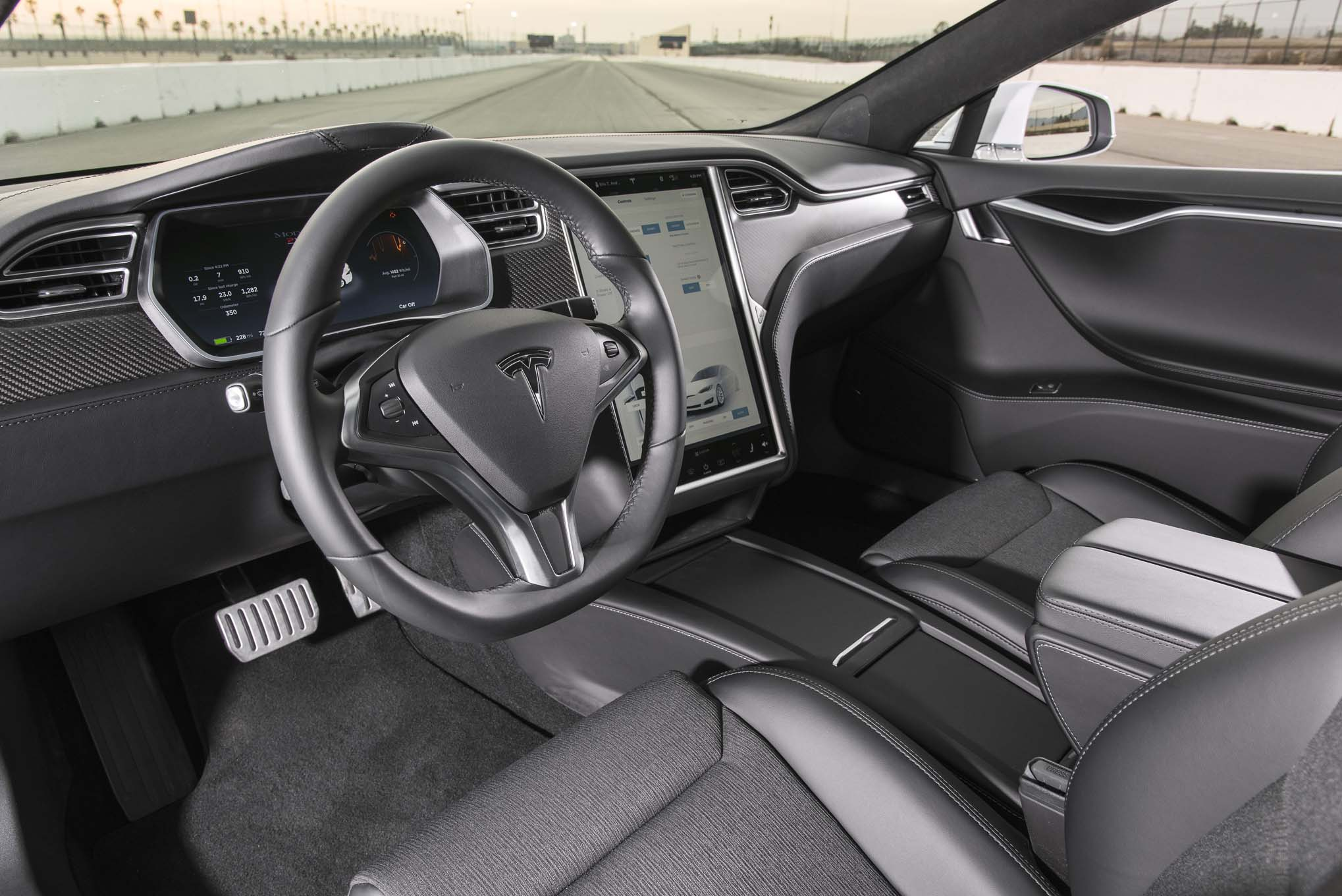 tesla s p100d acc l ration de 0 100 km h plus qu poustouflant. Black Bedroom Furniture Sets. Home Design Ideas