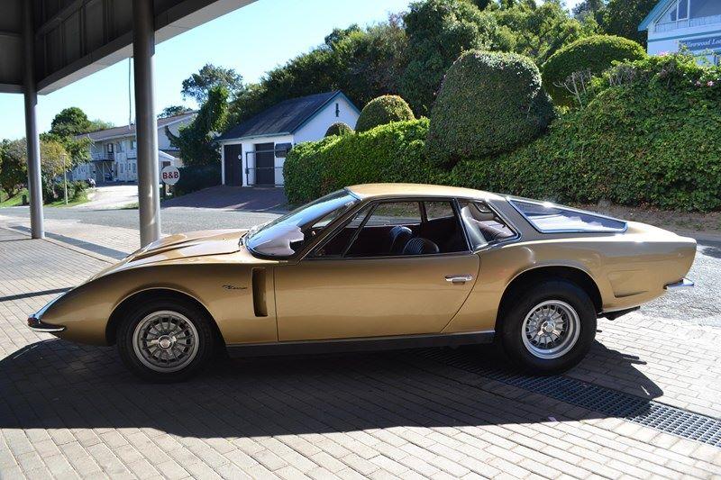 Bizzarini 5300 GT prototype 1968 RENDEZ-VOUS MENSUEL VOITURES ANCIENNES - ST CIERS (33) 3e dimanche de septembre. Agenda de l'Atelier du Loft retrouvez les événements auto mot