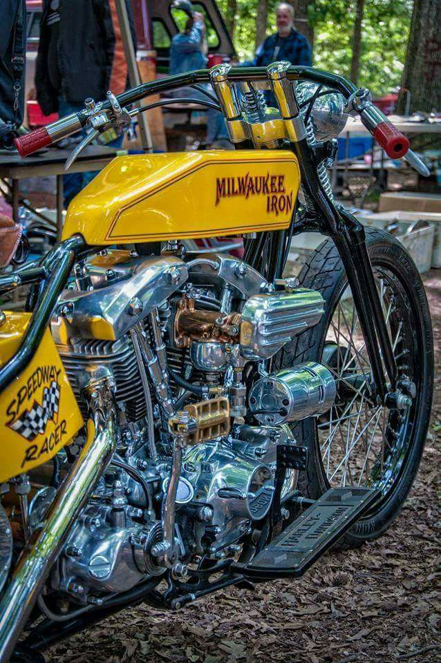 Milwaukee Iron Puces Moto VAL-DE-RUEIL