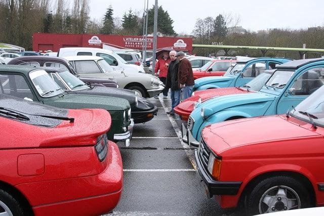RDV mensuel autos anciennes CHARTRES 2e dimanche de Mars à Novembre Agenda événements autos motos de Daniela DAUDE artiste Art automobile