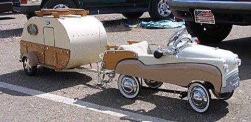 Bourse miniatures, jouets anciens PONT-AUDEMER 1e dimanche octobre |Agenda événements auto moto de Daniela DAUDE artiste ART automobile