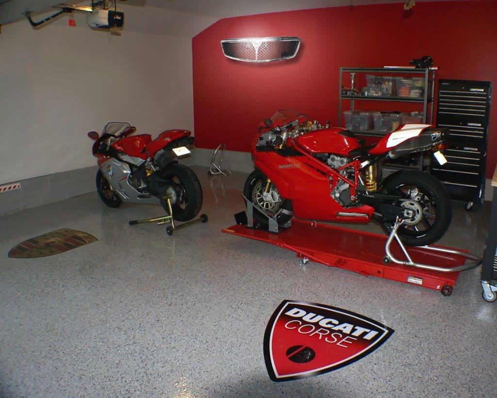 Deco voiture mobilier avec pi ces d tach es de voiture et moto for Garage mercedes autour de moi