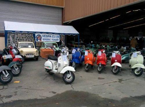 Bourse auto BERGERAC (24) dernier weekend février une des plus grande bourse de France Agenda événements auto moto de Daniela DAUDE artiste mobilier avec pièces auto moto
