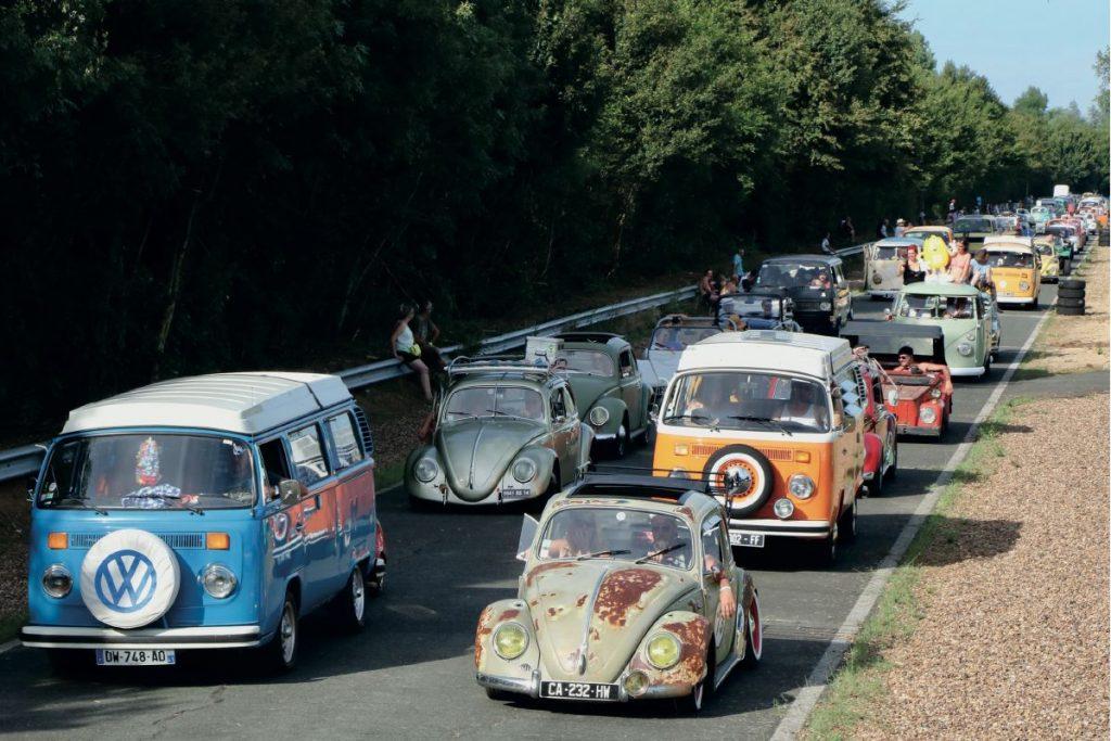 Le rassemblement mensuel nocturne VW Begles,