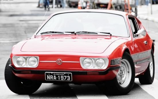 VW SP2 produit par VW do Brazil vw hot rod Le rassemblement mensuel nocturne VW Begles,