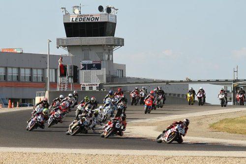 Détail et inscription : Pirelli Days Circuit Lédenon Agenda d'événements auto moto de Daniela DAUDE Artiste Création de mobilier avec pièces auto moto