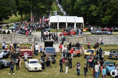 Voir détails et inscription Motors & Soul GAMBAIS un weekend de folies à ne pas manquer au château. Agenda auto moto de Daniela artiste, mobilier avec pièces auto moto