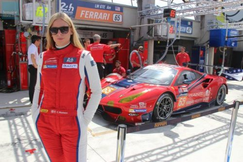 24 Heures du Mans 2019 Christina Nielsen devant sa Ferrari 488 GTE
