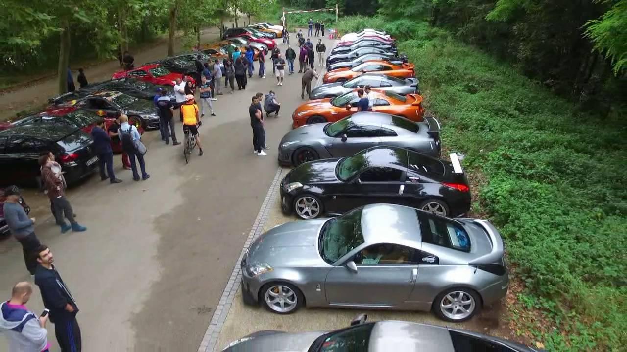 La mensuelle DNA Meet Datsun Nissan est réservée aux voitures sportives ou de collection de la marque Nissan / Datsun