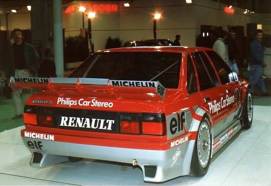 Renault 21 mensuel Véhicules Anciens Gouesnou