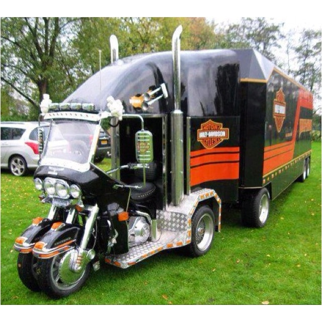 Harley Davidson custom Trike Classic Race PAU (64) premier weekend de Mai